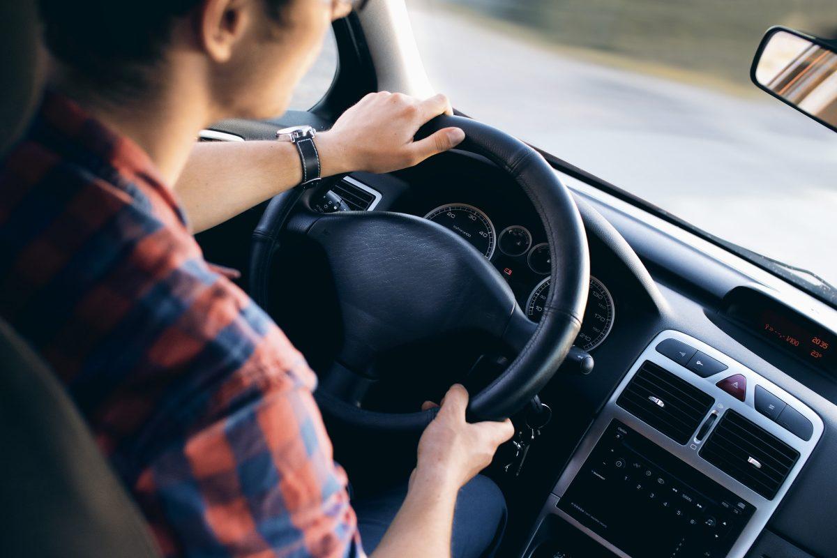 7 sposobów na zniżki za ubezpieczenie samochodu
