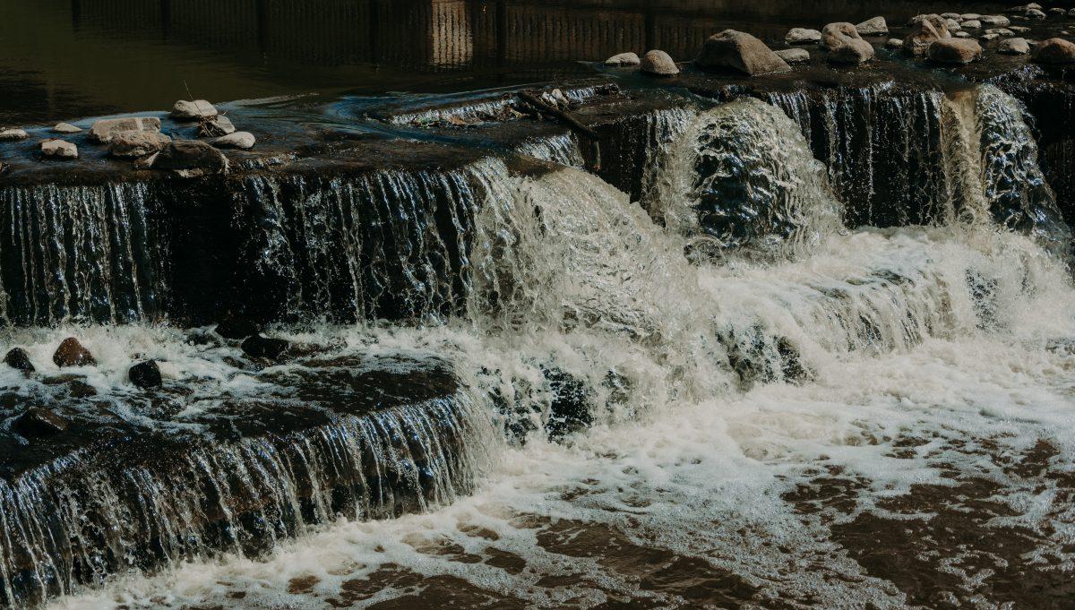 Zasady zachowania w razie nagłej powodzi lub podtopienia